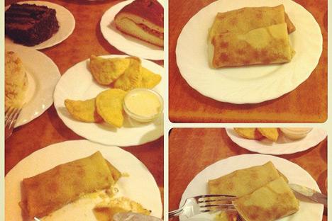 Bliny, makanan khas Rusia. Kredit: author.
