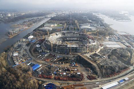Pada tahun 2010, Gazprom Arena terpilih menjadi salah satu tempat penyelenggaraan babak semifinal di Piala Dunia 2018. Kredit: PhotoXpress