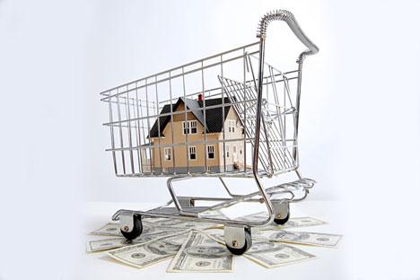 Suku bunga kredit rumah dan biaya perumahan yang tinggi menjadi faktor penghalang bagi warga Rusia untuk membeli tempat tinggal sendiri.