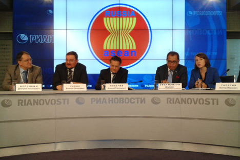 Sesi jumpa pers kunjungan delegasi bisnis Rusia ke negara-negara ASEAN, Moskow, 13 Maret 2014. Kredit: Elizaveta Moskvina