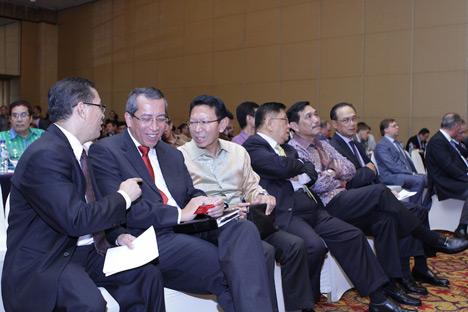 """Forum bisnis """"Indonesia-Russia: Investment Strategies"""" atau disingkat IRIS diselenggarakan pada 25 Februari 2014 di Jakarta."""