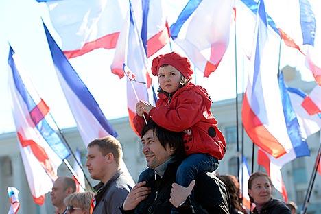 Referendum Krimea akan diawasi oleh lebih dari 50 pengamat dari 21 negara, termasuk Israel, AS, Prancis dan Italia. Kredit: Mikhail Voskresensky/RIA Novosti