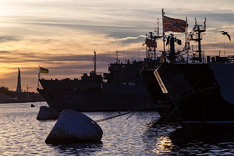 Rusia membayar Ukraina US$ 98 juta per tahun untuk penyewaan pangkalan angkatan laut di Krimea. Kredit: Sergey Savostianov/RG