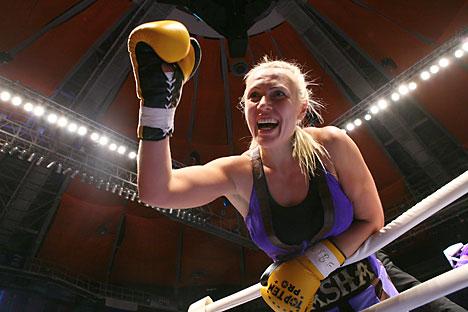 "Svetlana Kulakova: ""Ini olahraga serius, sama seperti tinju yang dilakukan laki-laki."" Foto:  Photoshot/Vostock Photo"