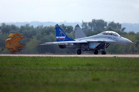 Rencananya, pesawat ini akan dilengkapi dengan sistem penerbangan dan persenjataan yang lebih canggih. Foto: liya Pitalev/RIA Novosti