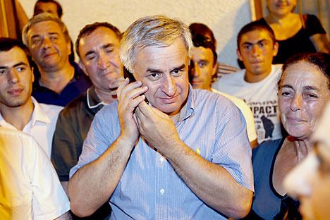 Presiden Terpilih Abkhazia Raul Khadzhimba memperoleh 50,60% suara dalam pemilihan awal kata Komisi Pemilihan Pusat dalam laporan final, 26 Agustus 2014. Foto: ITAR-TASS
