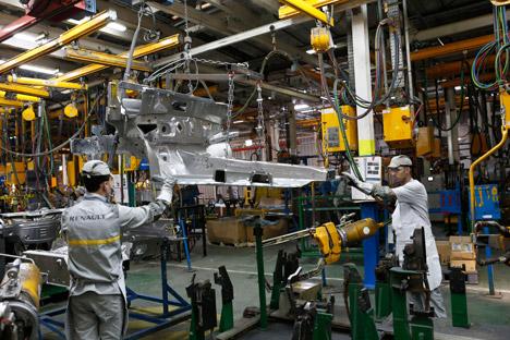 Pabrik Renault di Moskow menghasilkan sekitar 180 ribu mobil per tahun. Foto: AP