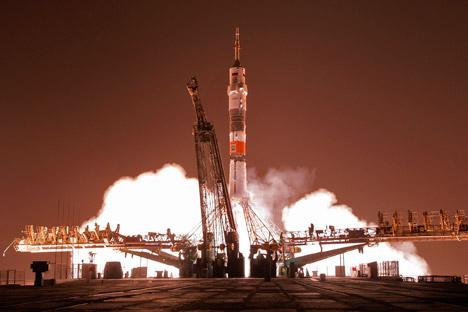 Peluncuran roket Soyuz-FG dari Kosmodrom Baikonur, Rusia. Foto: AP