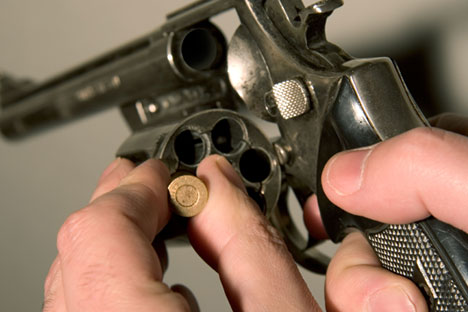 Russian roulette menduduki urutan kedua (setelah mafia Rusia, tentunya) dalam daftar stereotipe negara Uni Soviet yang paling populer di dunia. Foto: Alamy/Legion Media