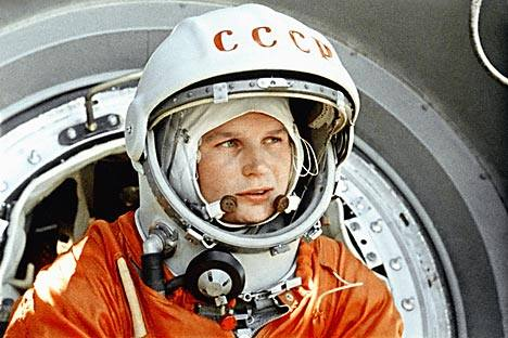 Valentina Tereshkova menjadi perempuan pertama yang terbang ke luar angkasa. Foto: RIA Novosti