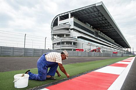 Sirkuit balap Sochi Autodrom di Olympic Park yang akan menjadi tuan rumah kejuaraan balap mobil dunia Formula 1 di Rusia 12 Oktober mendatang. Foto: RIA Novosti
