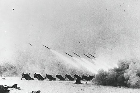 Pertempuran Stalingrad. Peluncur roket Katyusha. Foto: Photoshot/Vostok Photo