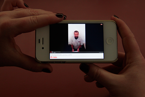 Pada Oktober tahun lalu, para pemberontak merilis sebuah video berisi seseorang warga Rusia yang mengaku bernama Sergey Gorbunov. Foto: Slava Petrakina