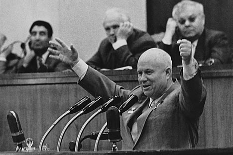 Khrushchev memiliki gaya berbicara yang khas dan tidak takut untuk mengeluarkan kata-kata yang lantang. Foto: ITAR-TASS