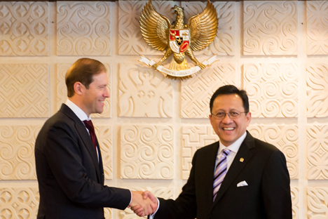 Ketua Dewan Perwakilan Daerah Republik Indonesia (DPD RI) Irman Gusman: Kami siap menjembatani kerja sama bilateral Pemerintah Indonesia dengan Rusia dalam berbagai sektor agar semua program yang telah direncanakan dapat berjalan dengan baik. Foto: Galuh Yudistiranto