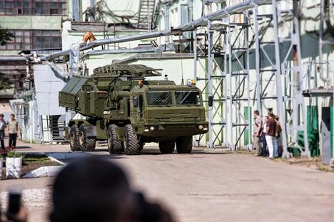 Hingga saat ini Krasukha 2 masih menjadi salah satu teknologi persenjataan paling rahasia dalam perbendaharaan pernika angkatan bersenjata Rusia. Foto: Layanan pers