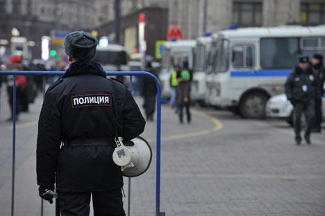 """Saat ini masyarakat Rusia belum memiliki dasar kuat untuk melakukan """"revolusi warna"""", namun tetap saja terdapat penilaian yang beragam mengenai ancaman ekstremisme dan perselisihan etnis di negara tersebut. Foto: Aleksander Riumin/TASS"""