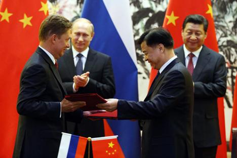 "Dalam pertemuan dengan Presiden Tiongkok Xi Jinping,Putin mengungkapkan kerjasama antara Rusia dan Tiongkok sangatlah penting ""untuk dapat mengenggam dunia dalam kerangka hukum internasional dan membuat dunia menjadi lebih stabil"". Foto: Konstantin Zavrajin/RG"