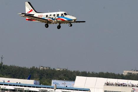 Tak lama lagi, pesawat bermesin ganda Rysachok yang diproduksi oleh perusahaan Tekhnoavia akan memasuki tahap uji coba. Kredit: Photoxpress.
