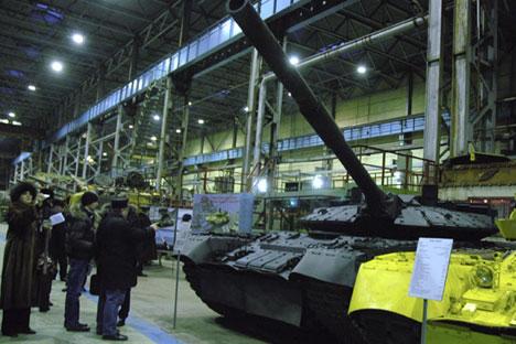 Ketiga tank eksperimen tersebut dijadikan dasar pengembangan kendaraan tempur terbaru tentara Rusia. Foto: Konstantin Evgenyev/Ria Novosti