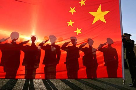 Hanya karena Tiongkok meningkatkan anggaran belanja senjata dan tentara, bukan berarti mereka ingin segera berperang. Foto: Reuters