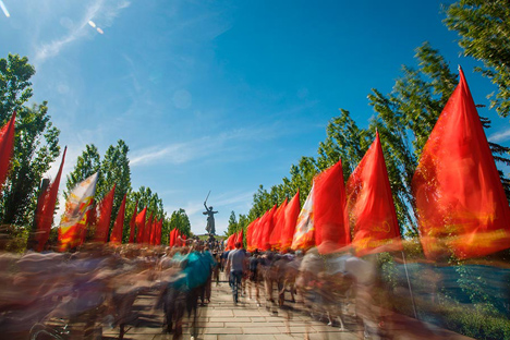 Akhir Perang Patriotik Raya tetap menjadi hari yang penting untuk dirayakan bagi warga Rusia. Foto: RIA Novosti / Kirill Braga