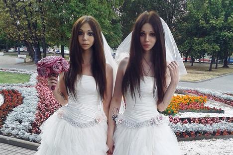 Moskow Loloskan Pernikahan Sesama Jenis Pertama di Rusia