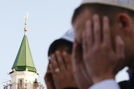 Terlepas dari betapa sulitnya berpuasa di Rusia, usainya bulan Ramadan pun menyimpan kesedihan.