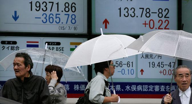 Apakah Runtuhnya Bursa Saham di Tiongkok Akan Mengancam Perekonomian Rusia?