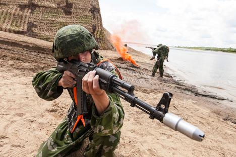 Amandemen doktrin militer Rusia yang diadopsi pada Desember 2014 tak membuat dokumen itu lebih agresif.