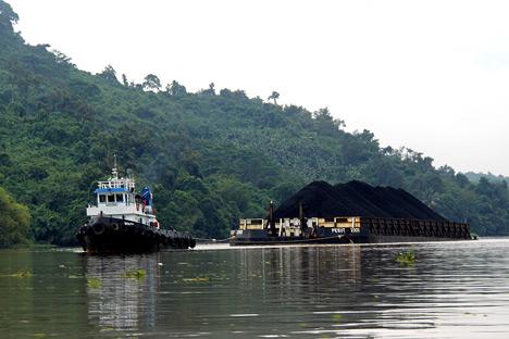 Selain rel kereta api dan komponen bergeraknya, ada pula rencana pembangunan terminal laut untuk pengangkutan batubara dengan kapal dan pembangkit listrik tenaga batubara. Foto: Mikhail Tsyganov