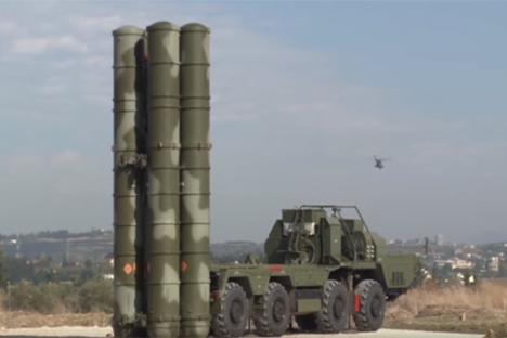 Jamin Pertahanan Udara, Rusia Kerahkan Sistem Misil S-400 di Suriah