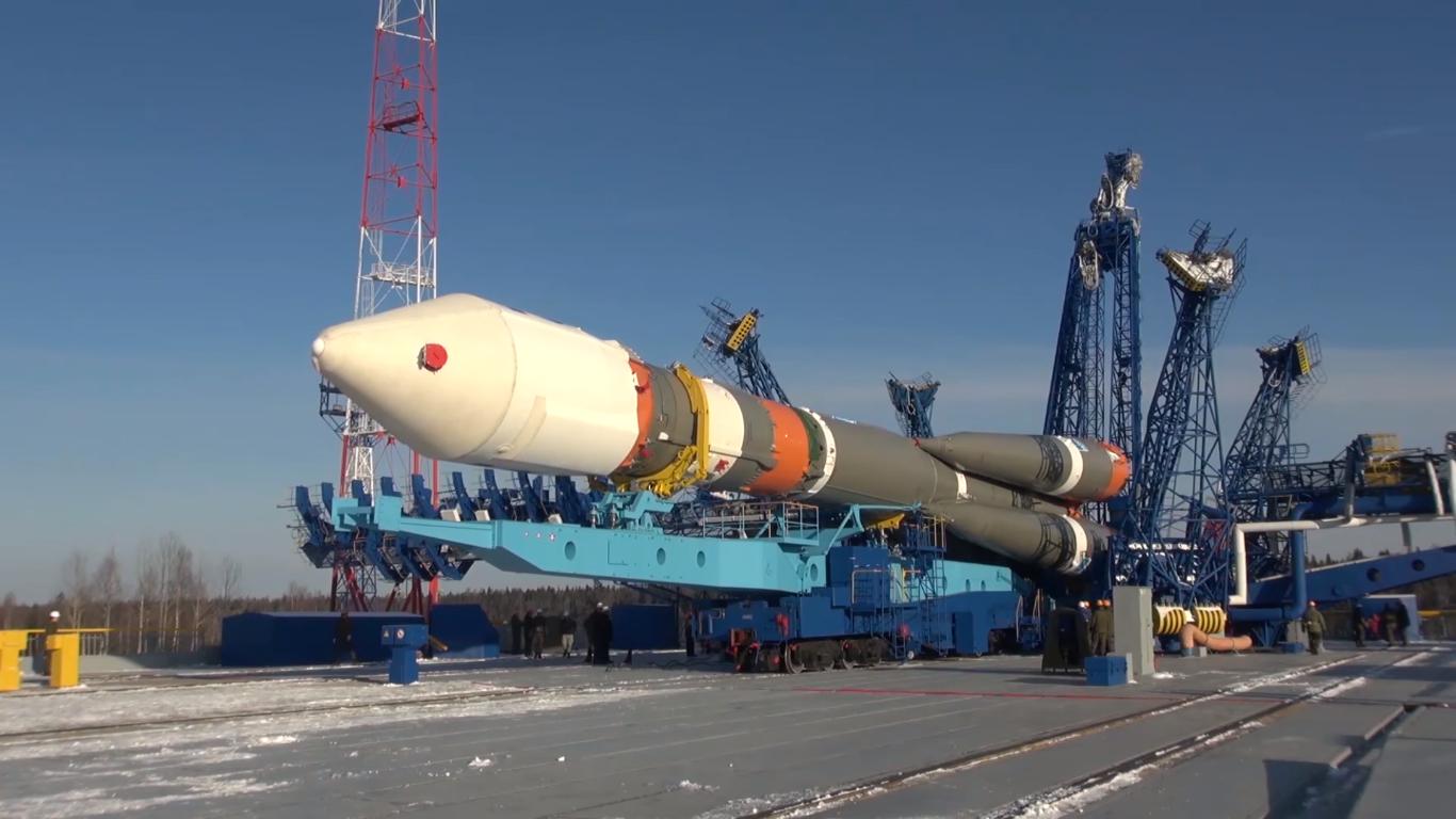Detik-detik Peluncuran Wahana Antariksa Menggunakan Roket Pembawa 'Soyuz-2