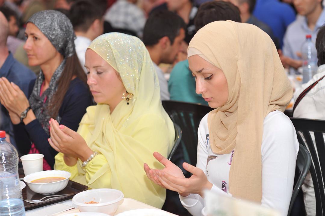 Hadirnya bulan Ramadan selalu disambut penuh suka cita oleh umat Islam, tak terkecuali di Rusia.