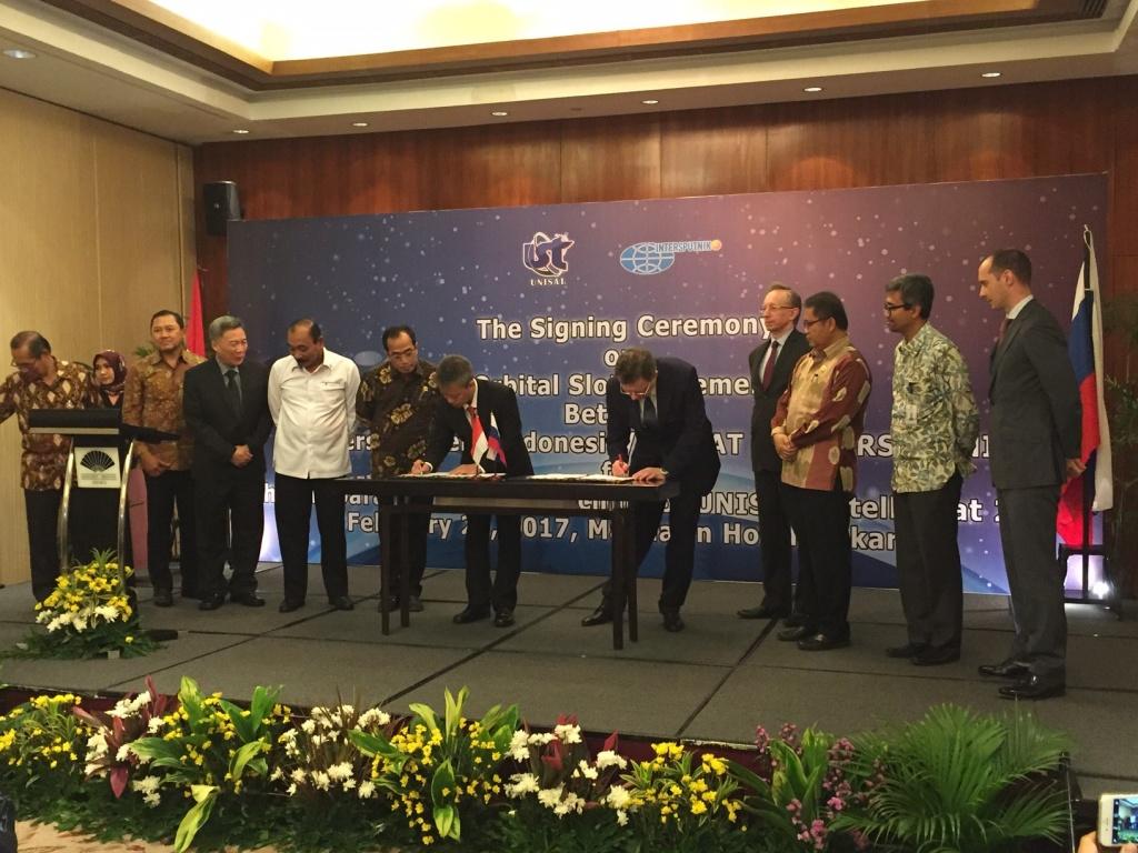Penandatanganan kerja sama antara UNISAT dan Intersputnik dilakukan di Jakarta pekan lalu, (28/2).