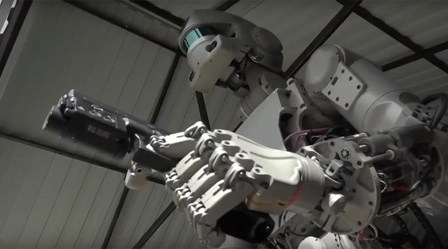 Robot ini diciptakan untuk misi perdamaian, kata Wakil Perdana Menteri Rusia Dmitry Rogozin.