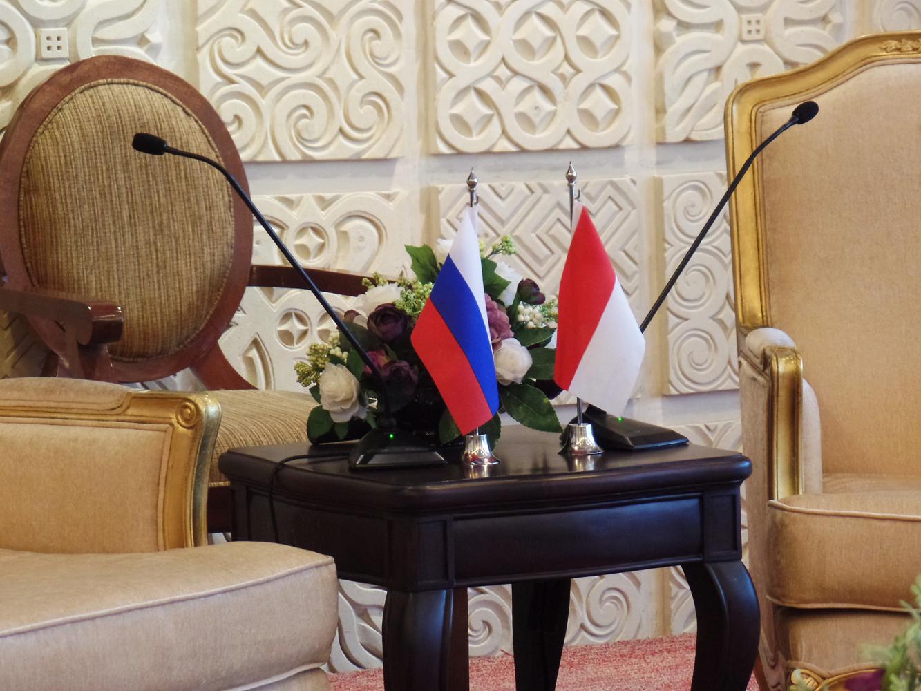 Kedua negara membahas sejumlah agenda kerja sama yang menjadi perhatian bersama, termasuk persiapan rencana kunjungan menteri luar legeri Rusia ke Indonesia pada tahun ini.