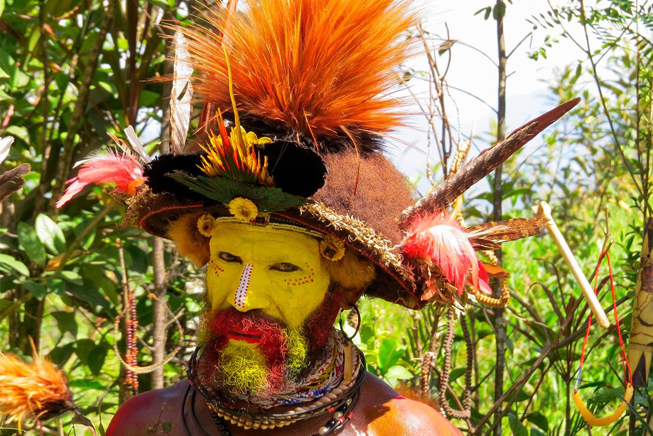 Seorang pria dari Desa Bongu, Papua Nugini. Foto diambil dari arsip pribadi Nikolay Miklukho-Maklay. Sumber: Arsip Pribadi
