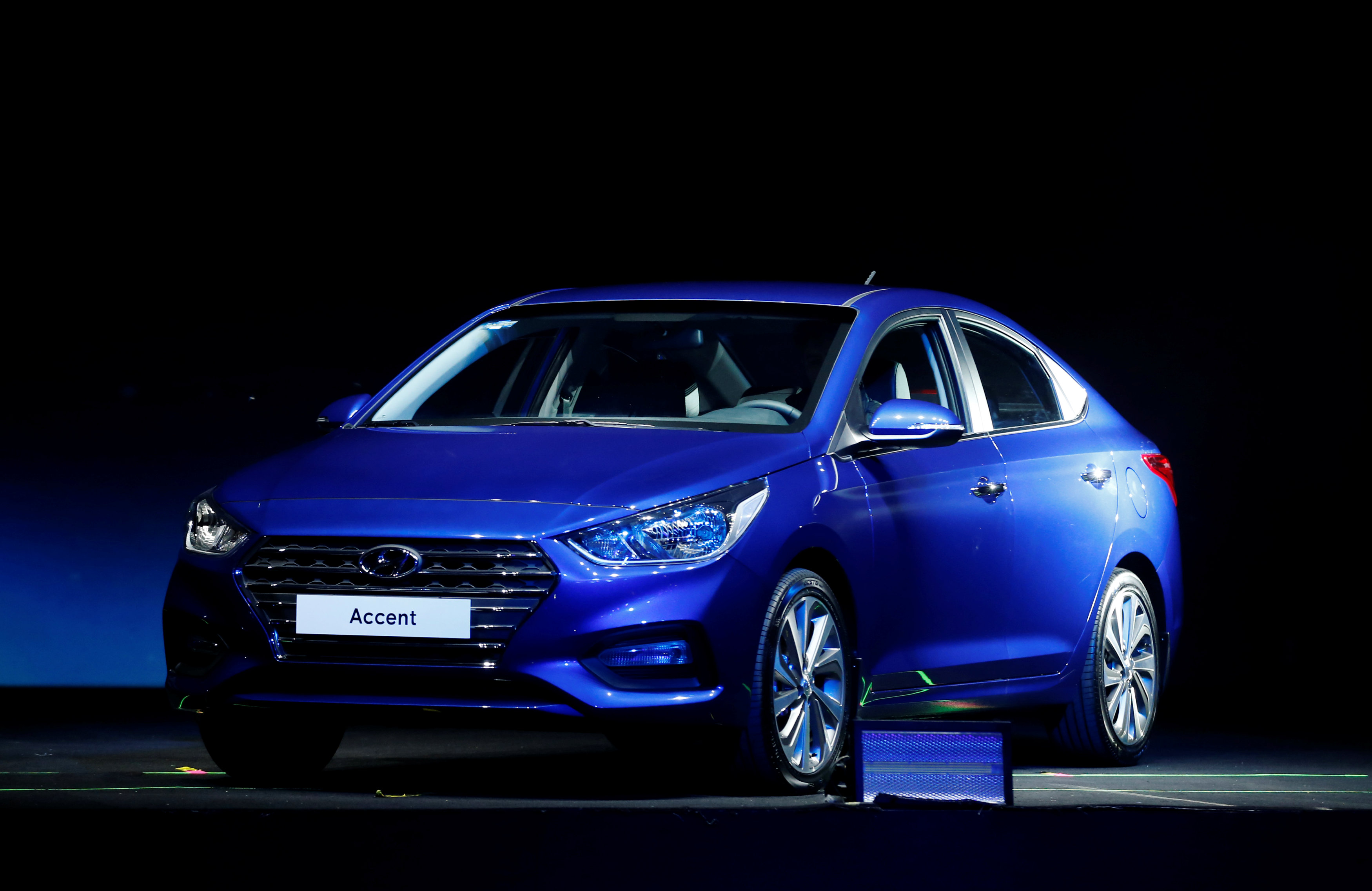 """Distributor mobil Hyundai di Rusia """"Hyundai Motor CIS"""" menerima surat perintah untuk membayar 18,2 juta rubel (sekitar 4,1 miliar rupiah) berdasarkan keputusan majelis arbitrase."""
