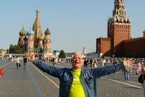 Madan Kataria - Doctor Laughter visits Moscow. Source: laughteryoga.org