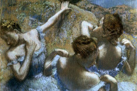 Blue Dancers by Edgar Degas (Pushkin Museum of Fine Arts). Source: Ria Novosti