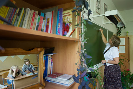 Teaching in Russian regions and villages requires a lot of professional dedication becuase the job of schoolteacher is not well-paid. Alla Mosevnina (pictured), one of Russia's best schoolteachers lives in Opolye village, in the Vladimir region. Sour