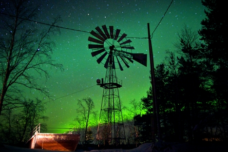 The northern lights is commonplace for some Russian cities in the Arctic Circle. Source: Alexander Semyonov