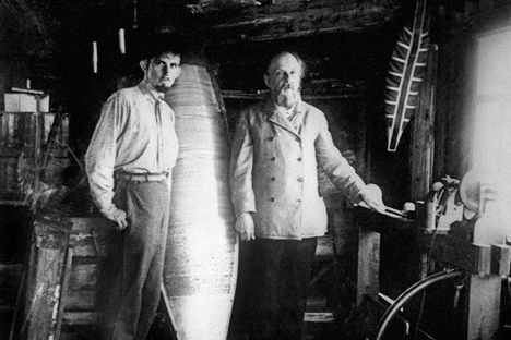 Konstantin Tsiolkovsky (right) is one of the founding fathers of rocketry and space travel. Source: Science Photo Library