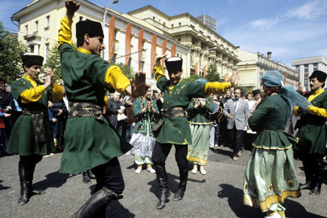 The Caucasian diaspora sticks to its traditions even in Moscow which sometimes results in unpredictable consequences. Source: RIA Novosti / Fred Gringerb