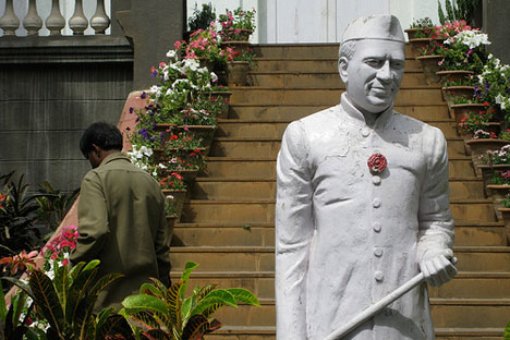 Statue of Jawaharlal Nehru. Source: Phillie Casablanca/Flickr