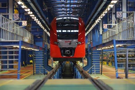 Perusahaan kereta api milik pemerintah Rusia, JSC Russian Railways, memiliki anak perusahaan di Indonesia, yaitu PT Kereta Api Borneo.