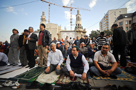 Muslims living in Moscow need more mosques. Source: ITAR-TASS