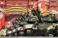 """Although """"the reform of the Armed Forces has almost been completed,"""" as said Russia's outgoing President Dmitry Medvedev, there is still a lot to be done to turn the Russian Armed Forces into a modern army. Source: AFP / East News"""