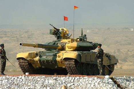 India has already bought 350 T-90C tanks and plans to purchase 1,500 more such tanks in the future. Source: Flickr/cell105